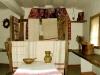 Верстат і тканина у хаті з Черкащини, НМНАПУ