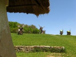 Вітряки в експозиції НМНАПУ