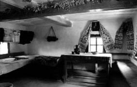 У хаті 19 ст. з Черкащини, НМНАПУ